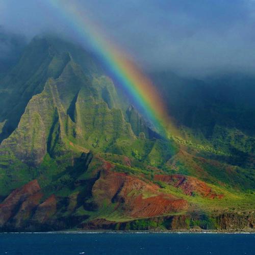 Rainbow_at_Big_Island_Hawaii.jpg