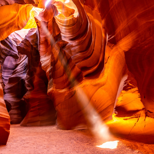 touring-antelope-canyon.jpg